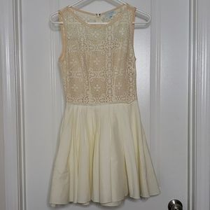 NWOT Cream and Peach Lace Overlay Tulle Dress